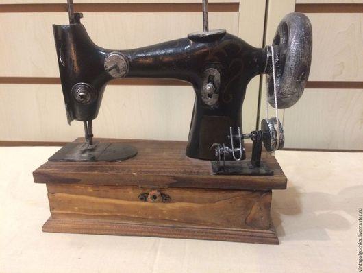 Винтажные предметы интерьера. Ярмарка Мастеров - ручная работа. Купить коллекционная швейная машинка №4. Handmade. Коричневый, винтажный
