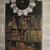 """Для дома и интерьера ручной работы. Ярмарка Мастеров - ручная работа Часы настенные """"В тиши библиотек"""". Handmade."""