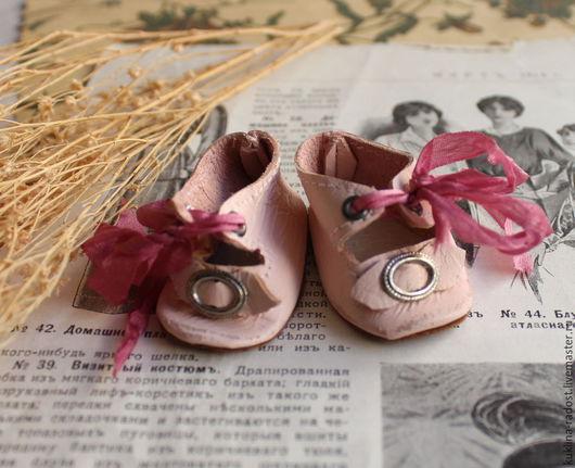 Одежда для кукол ручной работы. Ярмарка Мастеров - ручная работа. Купить Туфли для антикварной куклы. Handmade. Розовый