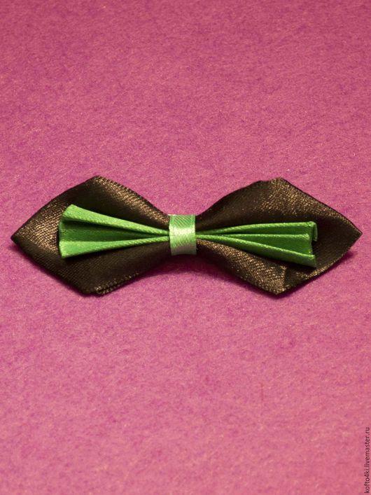 Галстуки, бабочки ручной работы. Ярмарка Мастеров - ручная работа. Купить Брошь галстук-бабочка атласная черно-зеленая. Handmade.