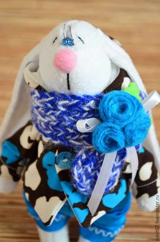 Игрушки животные, ручной работы. Ярмарка Мастеров - ручная работа. Купить Зайчик с синим шарфиком. Handmade. Комбинированный, голубой, синтепон