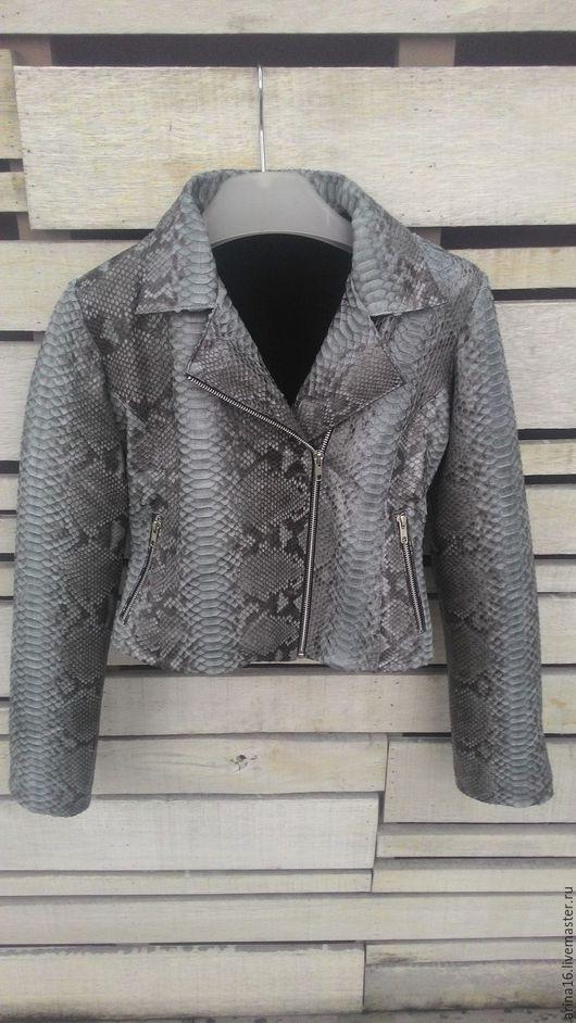 Верхняя одежда ручной работы. Ярмарка Мастеров - ручная работа. Купить Куртка из кожи питона на меху. Handmade. Серый