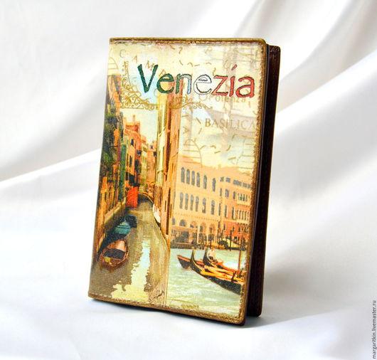 """Обложки ручной работы. Ярмарка Мастеров - ручная работа. Купить Кожаная обложка для паспорта и автодокументов """"Венеция"""". Handmade. Кожаная обложка"""