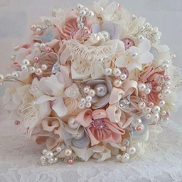 Свадебный салон ручной работы. Ярмарка Мастеров - ручная работа Свадебный брошь букет невесты из бусин с орхидеями, брошами   стразами. Handmade.