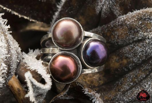 Яркое и нарядное кольцо от нашей мастерской создает праздничное и веселое настроение, где бы Вы не находились.