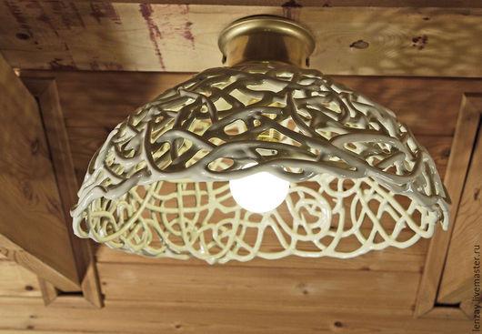 Шары сливочного мороженого - накладной керамический светильник. Плетеная керамика Елены Зайченко