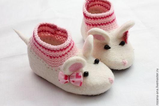 Детская обувь ручной работы. Ярмарка Мастеров - ручная работа. Купить Валяные тапочки-мышки N163. Handmade. Белый, мышка
