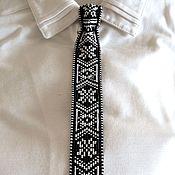 Украшения ручной работы. Ярмарка Мастеров - ручная работа Галстук-брошь черно-белый из бисера. Handmade.