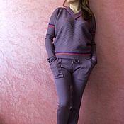 Одежда ручной работы. Ярмарка Мастеров - ручная работа Вязаный брючный костюм с джемпером Брюгге. Handmade.
