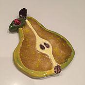 """Картины и панно ручной работы. Ярмарка Мастеров - ручная работа """"Груша в карамели"""" настенное панно со стеклом (поколение 2). Handmade."""