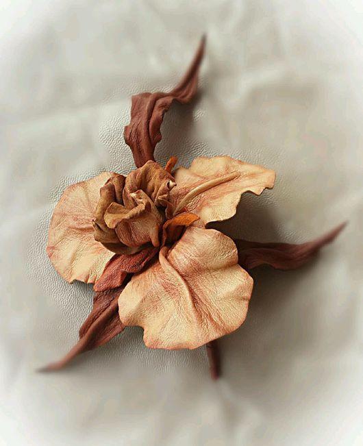 """Броши ручной работы. Ярмарка Мастеров - ручная работа. Купить цветок из кожи """"Рыжая осень"""". Handmade. Цветок, украшение"""