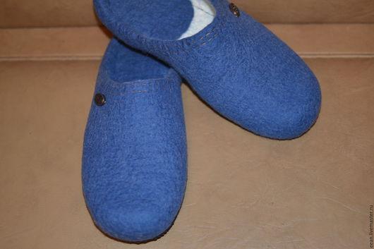 """Обувь ручной работы. Ярмарка Мастеров - ручная работа. Купить Мужские валяные тапочки """"Джинс"""". Handmade. Валяные тапочки"""