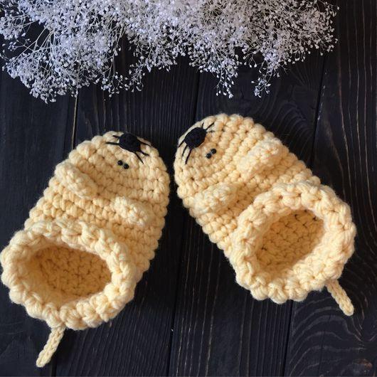 Обувь ручной работы. Ярмарка Мастеров - ручная работа. Купить Вязанные тапочки. Handmade. Бежевый, тапочки женские, шерсть