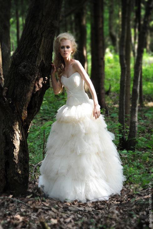 Одежда и аксессуары ручной работы. Ярмарка Мастеров - ручная работа. Купить свадебное платье из шелка. Handmade. Свадебное платье, белый