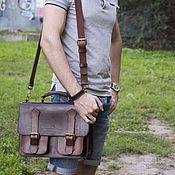 Мужской кожаный портфель.