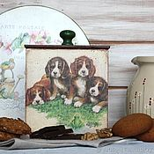 """Упаковочная коробка ручной работы. Ярмарка Мастеров - ручная работа Короб для сыпучих на кухню """"Собачки и лягушонок"""". Handmade."""