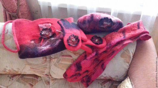 Женские сумки ручной работы. Ярмарка Мастеров - ручная работа. Купить Набор в красном цвете. Handmade. Ярко-красный, варежки
