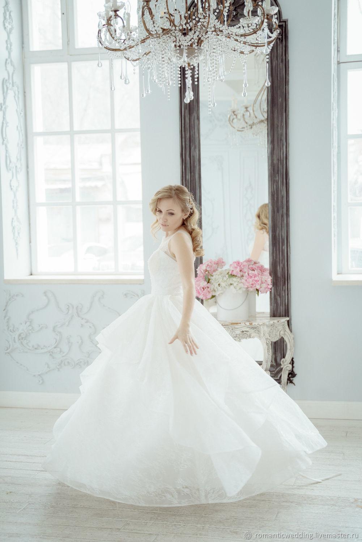 Свадебное платье пышное из кружева шантильи, Платья, Москва,  Фото №1