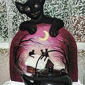 """Подарки к праздникам ручной работы. Ярмарка Мастеров - ручная работа """"Ночью все кошки чёрные"""" войлочная грелка на чайник. Handmade."""