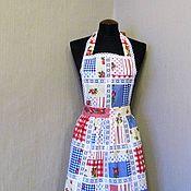 Для дома и интерьера ручной работы. Ярмарка Мастеров - ручная работа фартук-передник кухонный  женский красные и синие  квадраты + кружево. Handmade.
