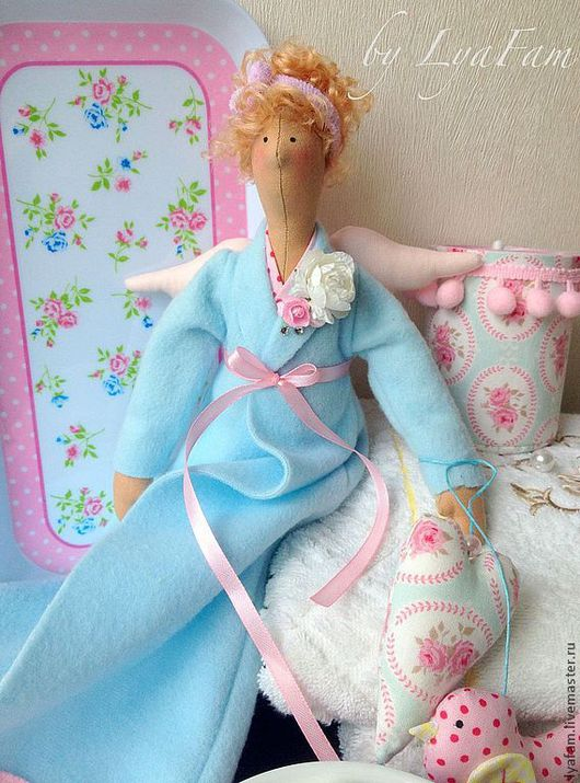 Куклы Тильды ручной работы. Ярмарка Мастеров - ручная работа. Купить Хранительница ватных дисков (для Екатерины). Handmade. Голубой
