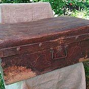 Дорожный чемодан-сундук. Старинный. .