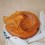 Тарелки ручной работы. Ярмарка Мастеров - ручная работа Деревянная тарелочка Ягодная лиса. Handmade.