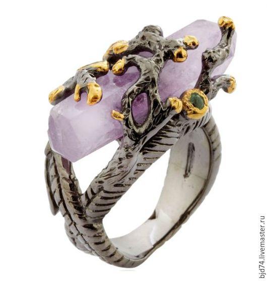 Кольца ручной работы. Ярмарка Мастеров - ручная работа. Купить Серебряное кольцо с кварцем.. Handmade. Серебро, кольцо, кварц, изумруды