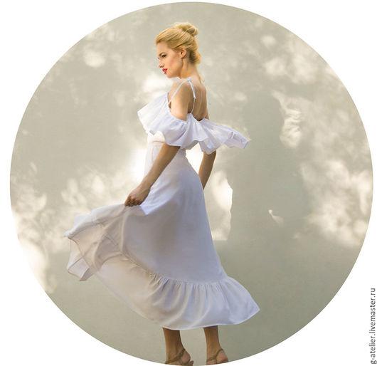Платья ручной работы. Ярмарка Мастеров - ручная работа. Купить Длинное белое платье на пуговицах с двумя воланами. Handmade. Белый