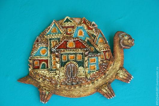 Фантазийные сюжеты ручной работы. Ярмарка Мастеров - ручная работа. Купить Черепаха и её город. Handmade. Бирюзовый, глина белая