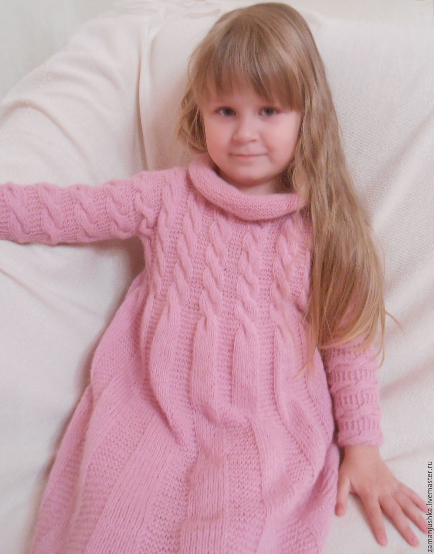 Вязаное нарядное платье девочке