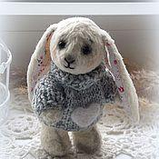 """Куклы и игрушки ручной работы. Ярмарка Мастеров - ручная работа Зайка тедди.""""Зимнее утро,зайка который ждет весну..."""""""". Handmade."""