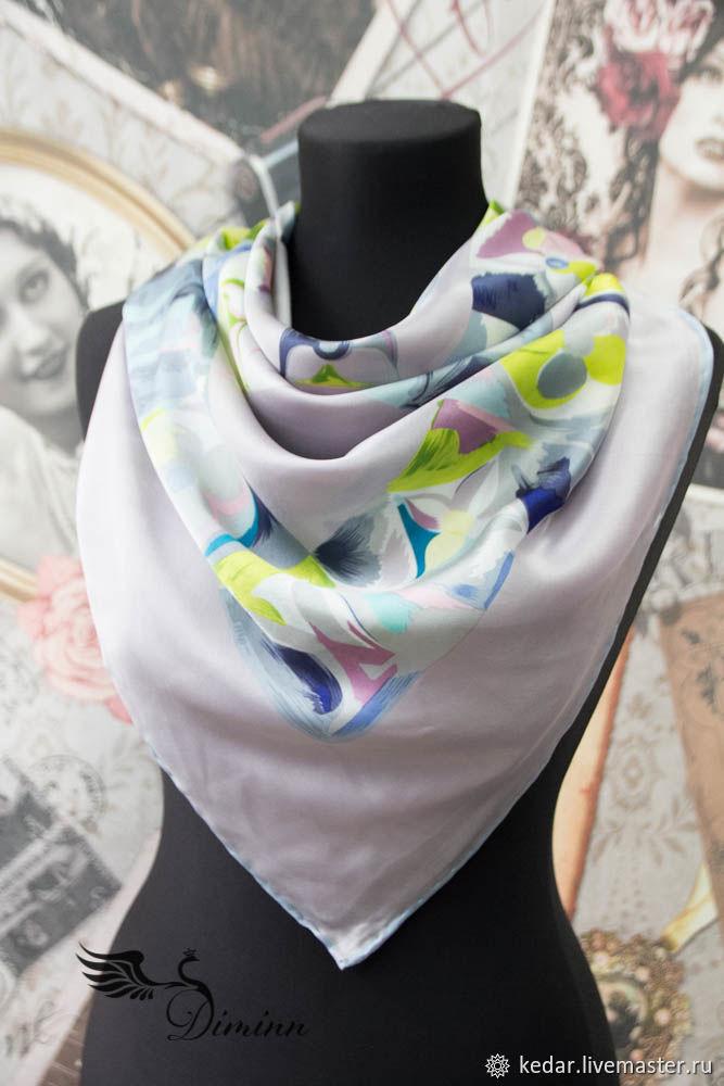 9cea36f76fa Шелковый платок из ткани Louis Vuitton