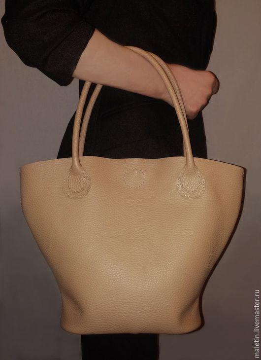 Женские сумки ручной работы. Ярмарка Мастеров - ручная работа. Купить Женская кожаная сумка. Handmade. Бежевый