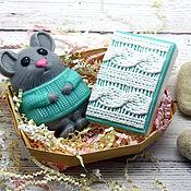 Мыло ручной работы. Ярмарка Мастеров - ручная работа Набор мыла новогодний Мышка в свитере. Handmade.