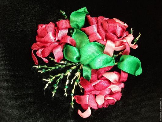 Косметичка `Букетик розовых роз`.