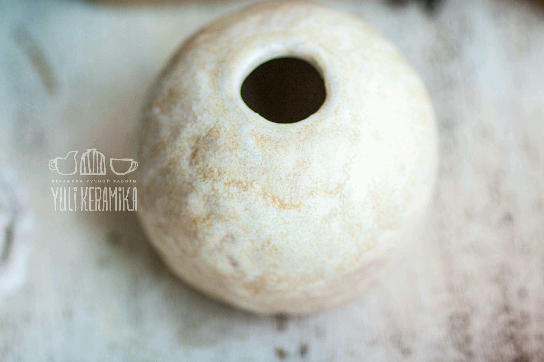 Керамическая ваза цвета слоновой кости. Серия Simplicity