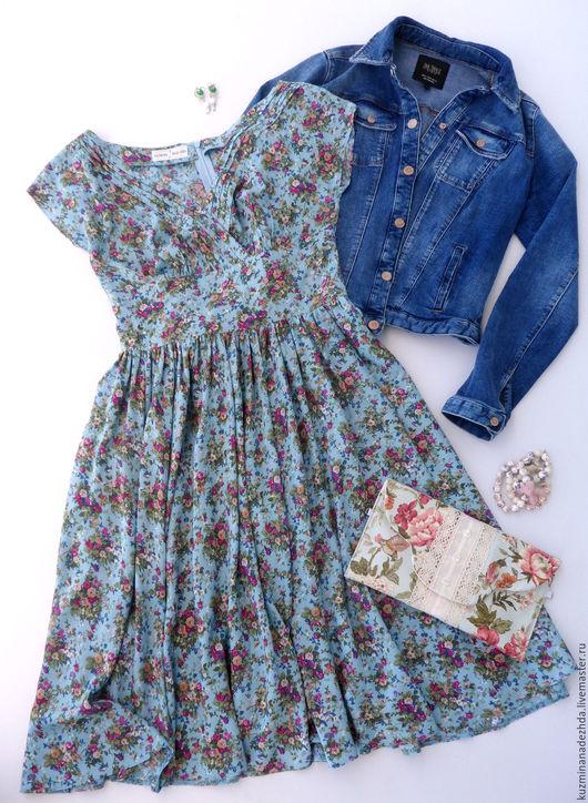 Платье из вискозы в винтажном стиле `Натали`