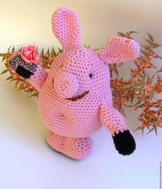 Игрушки животные, ручной работы. Ярмарка Мастеров - ручная работа. Купить Вязаная игрушка Свинка Пеппа с цветочком. Handmade.