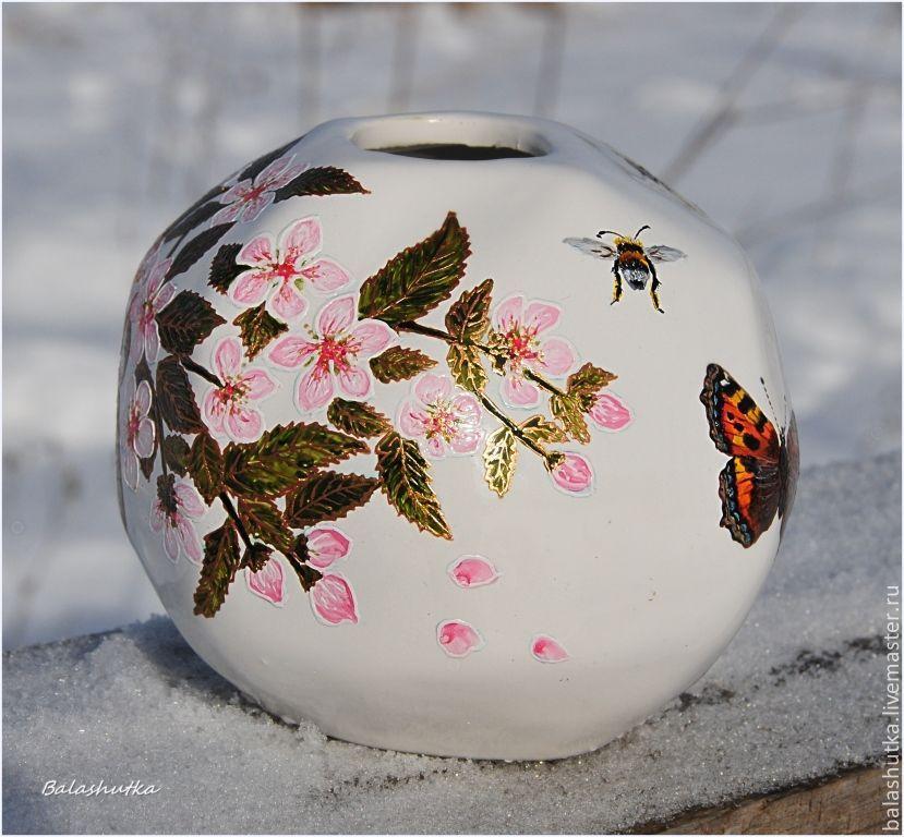 "Вазочка ""Весна в заснеженном саду"""