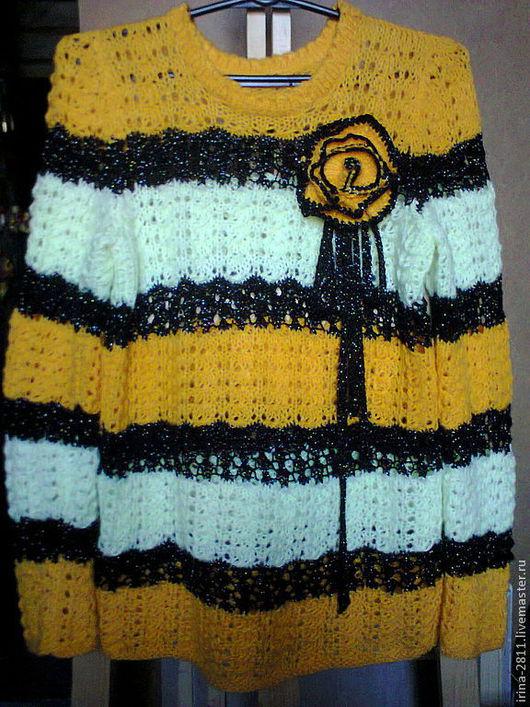 """Кофты и свитера ручной работы. Ярмарка Мастеров - ручная работа. Купить Свитер женский """"Пчелка"""". Handmade. Желтый, в полоску"""