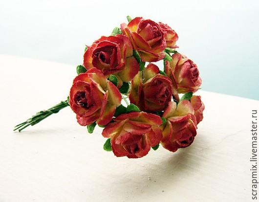 Открытки и скрапбукинг ручной работы. Ярмарка Мастеров - ручная работа. Купить Цветы розы 15 мм цвет красный+желтый. Handmade.