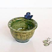 Для дома и интерьера ручной работы. Ярмарка Мастеров - ручная работа Вазочка для украшений Зеленая с синей бабочкой. Handmade.