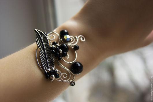 """Браслеты ручной работы. Ярмарка Мастеров - ручная работа. Купить Браслет """"Черная птица"""". Handmade. Черный браслет, черные браслеты"""