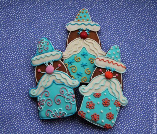 """Подарки к праздникам.Новый год. Пряник новогодний """"дед Мороз красный нос"""". Пряники от Мадам Барбацуцы. Ярмарка мастеров."""