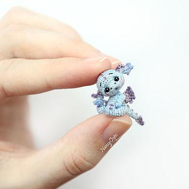 Амигуруми дракончик 2 см вязаная миниатюра
