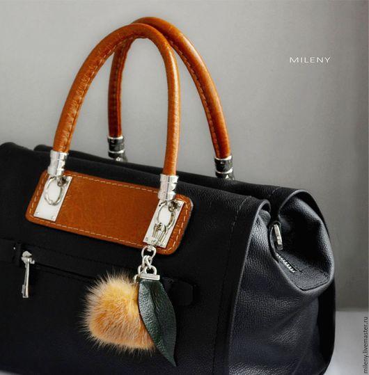 сумка , сумка кожаная , сумка кожаная женская ,сумка купить сумка женская в интернет магазине сумка ручной работы купить черная сумка купить ручная работа сумка на заказ помпоны из меха меховые
