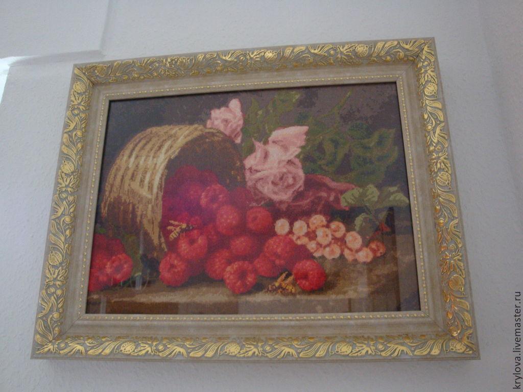 Малина и розы вышивка