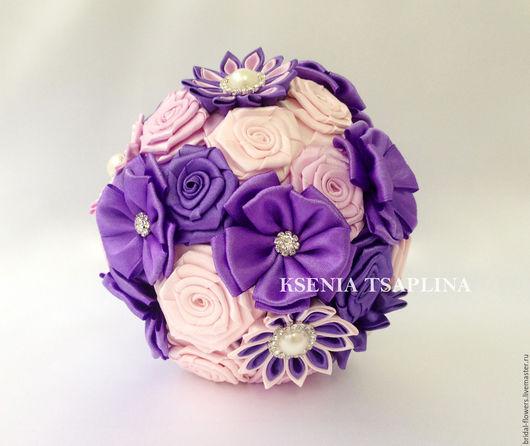 Свадебные цветы ручной работы. Ярмарка Мастеров - ручная работа. Купить Брошь букет дублер из фиолетового, розового, сиреневого цвета. Handmade.