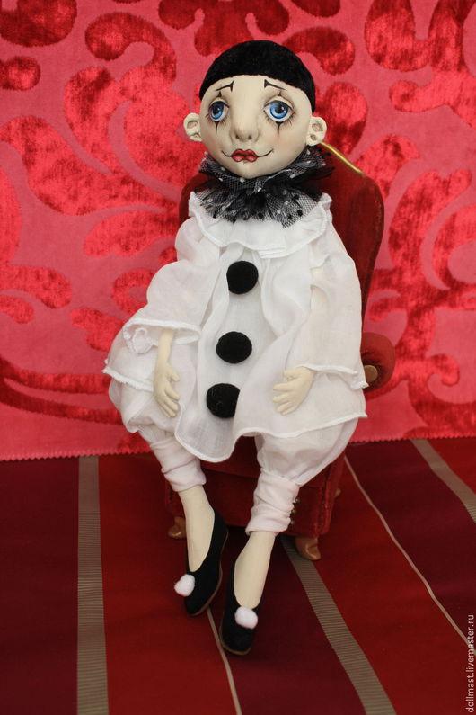 Коллекционные куклы ручной работы. Ярмарка Мастеров - ручная работа. Купить Пьеро текстильный. Handmade. Чёрно-белый, разбитое сердце